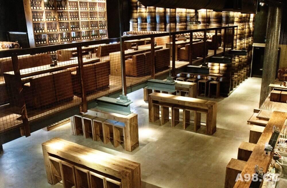 最具创意以碳为元素酒吧设计(The Carbon Bar)