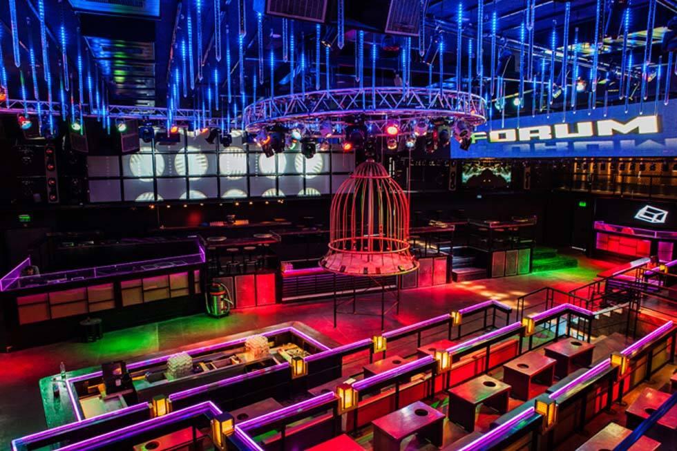特拉维夫大型俱乐部酒吧设计