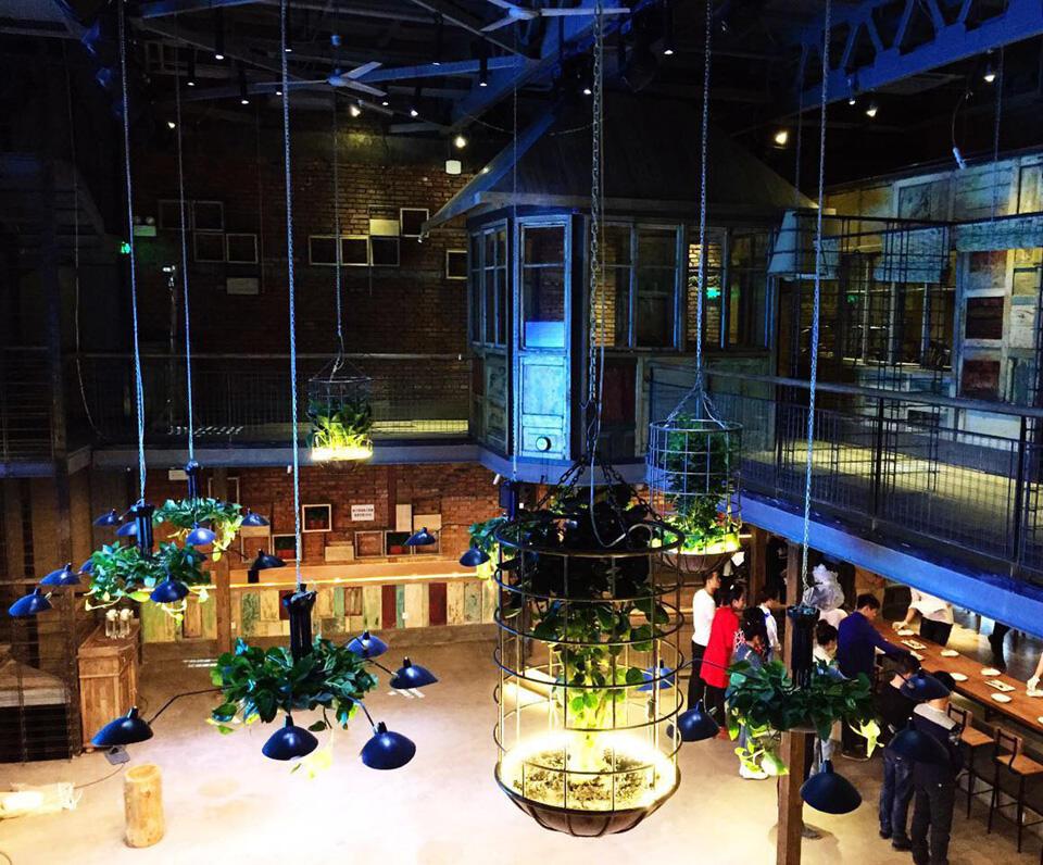 胡桃里音乐餐厅酒吧设计理念及装修环境