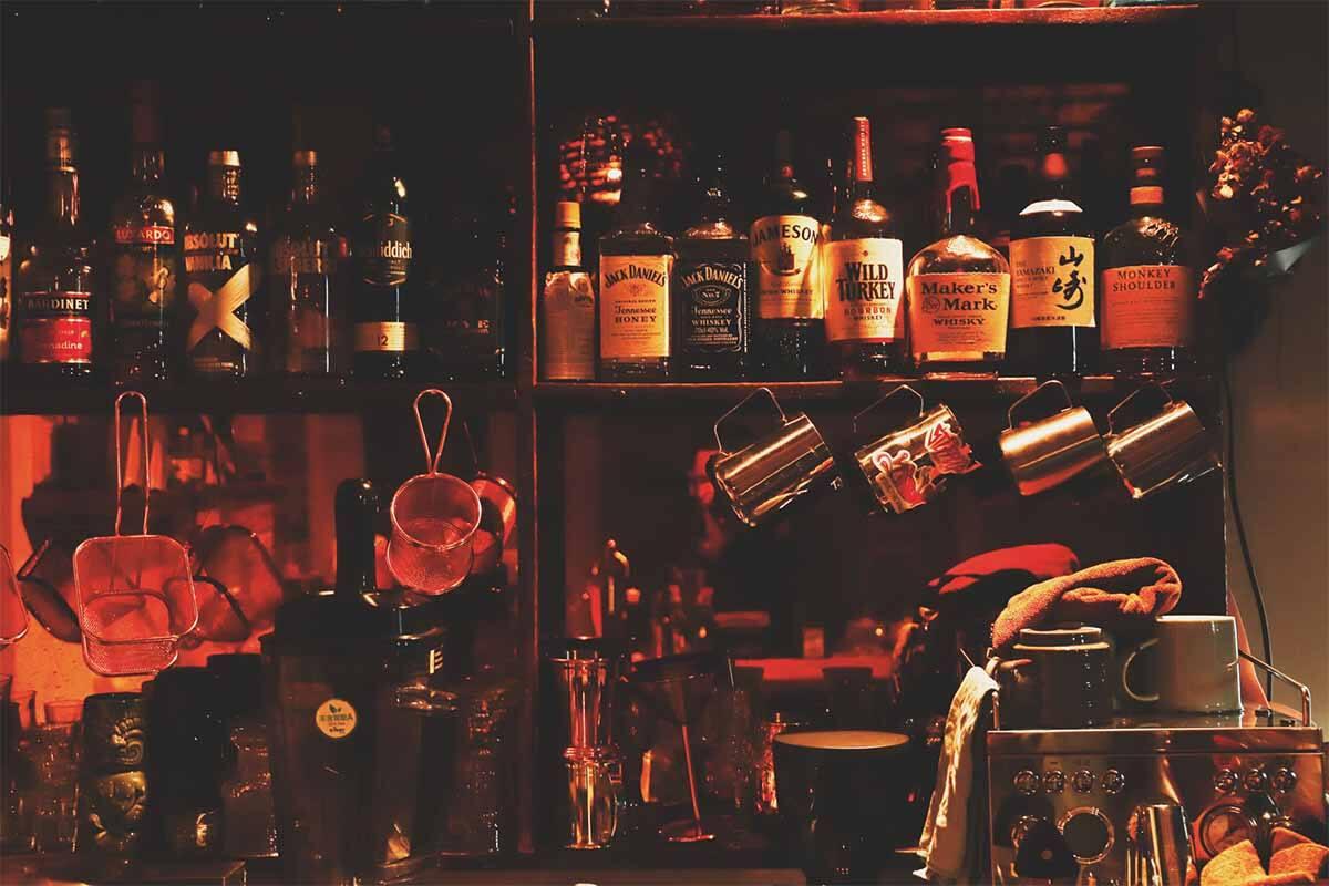 酒吧装修设计-酒类